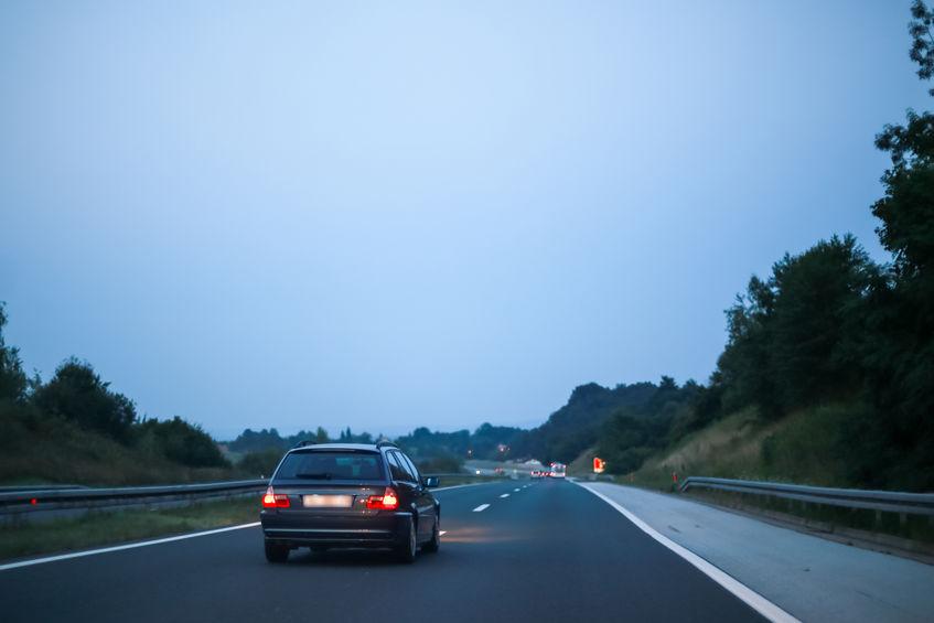 נהיגה שלא בימין בדרך